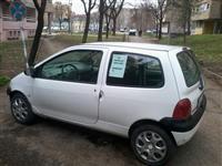Renault  Twingo -03