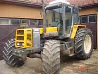 Traktor Renault 133 14 130ks