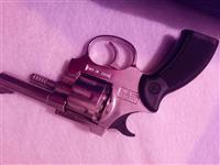 Pistolj hitno