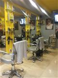 Izdajem razradjen frizerski salon u Borci centar V