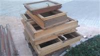 9 drvenih prozora