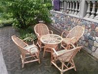 Garnitura Bambus sa stolom za staklo
