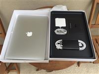 Apple Macbook Pro i7 15inch 750GB - 16GB RAM