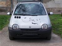 Renault Twingo 1.2 16 V -02