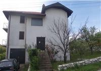 Kuca od 300m2 u Bor, Naselje Bor II