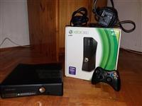 Xbox 360 Cipovan + Igrice