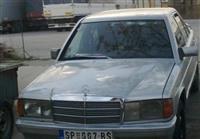 Mercedes-Benz 190E -86