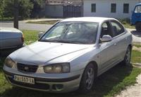 Hyundai Elantra -02