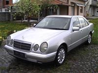 Mercedes E220 Diesel -98