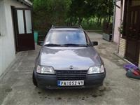 Opel Kadet 2.0 -88 radi na benzin i plin