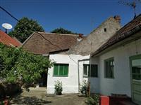 Prizemna, petosobna kuća od 105kvm - Vršac