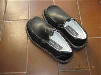 Decije cipele zenske br 30,34 nove