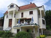 Porodicni hotel 530m2 u Banja Vrujci