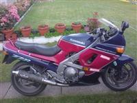 Kawasaki ZZR500 -93