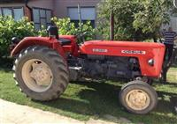 Traktor Ursus C-355 odlican