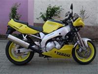 Yamaha FZR600 -94