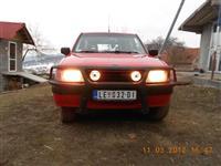 Opel Frontera 2,5 tds -88
