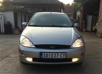 Ford Focus 1.8 tdci -02