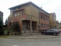 Dva stana na obali Dunava u zgradi Kapetanije