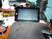 tableti slomljeni ekrani 2 kom fiksno