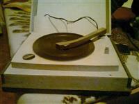 Stari gramofon