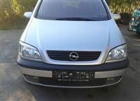 Opel Zafira 1.6 16v elegance -02