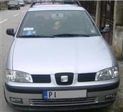 Seat Cordoba Vario 1,4 MPI -01