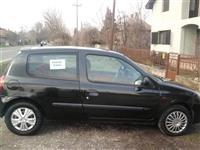 Renault Clio 1.2 -02