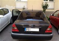 Mercedes-Benz C180 Elegance -94