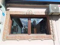 Drveni prozor sa duplim staklom