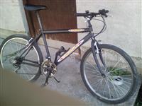 Bicikla i vajat na prodaju