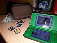 Nintendo DSI XL konzola na prodaju