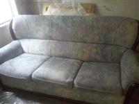 Trosed i dve fotelje