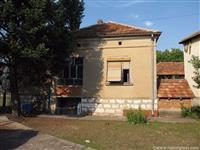 Kucu 70m2 u Pirot