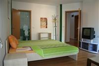 Sobi so posebni kupatila vo Ohrid