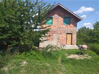 Kuća i plac