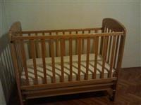 Polovna garderoba i oprema za bebe kao novo