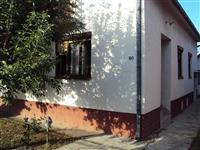 Poviljno prodajem kucu u Cupriji