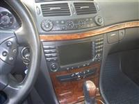 Mercedes-Benz  270E-Class -04