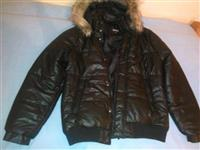 Potpuno nova, nenosena zimska jakna