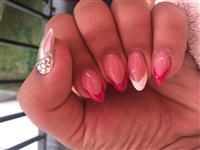 Izlivanje i ojacavanje noktiju profesionalno i pov
