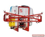 Traktorska prskalica 700 litara