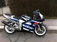 Suzuki GSXR 750 -01  motorcikl