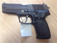 Prodajem Pistolj CZ99,Para