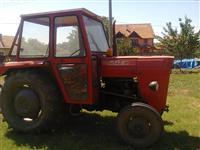 Traktor IMT-542