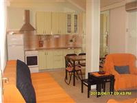 Crna Gora Budva trosoban apartman