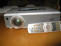 LCD PROJEKTOR CANON-LV5220
