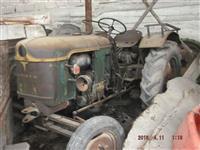 Dva DEUTZ Traktora