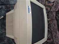 Prodajem ekran za kompjuter