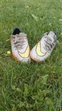 Nike kopacke hipervenum
